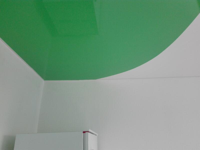 Dvoubarevný napínaný strop 8