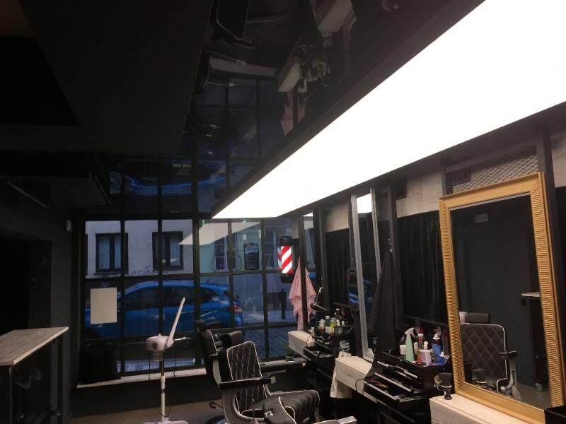 napínané stropy v barber shopu 7