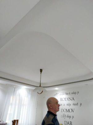 Lesklé translucidní napínané stropy 1