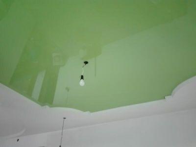 Zelený pnutý strop Plzeň 5