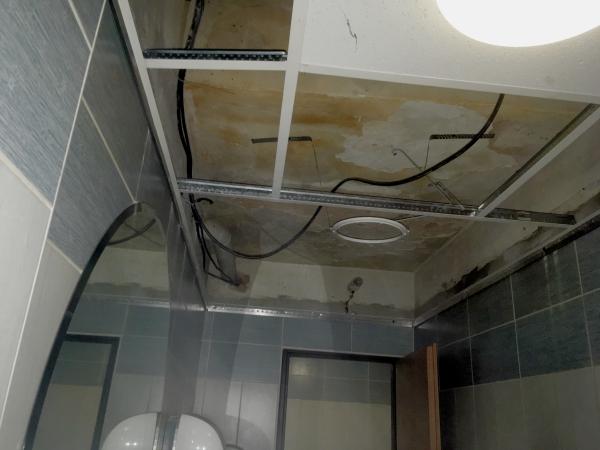 Oprava stropu po vytopení
